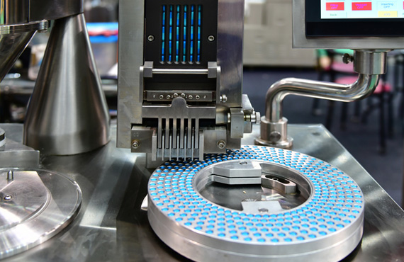 Gain more flexibility, better throughput, and right first time product quality with our innovative digital manufacturing solutions.